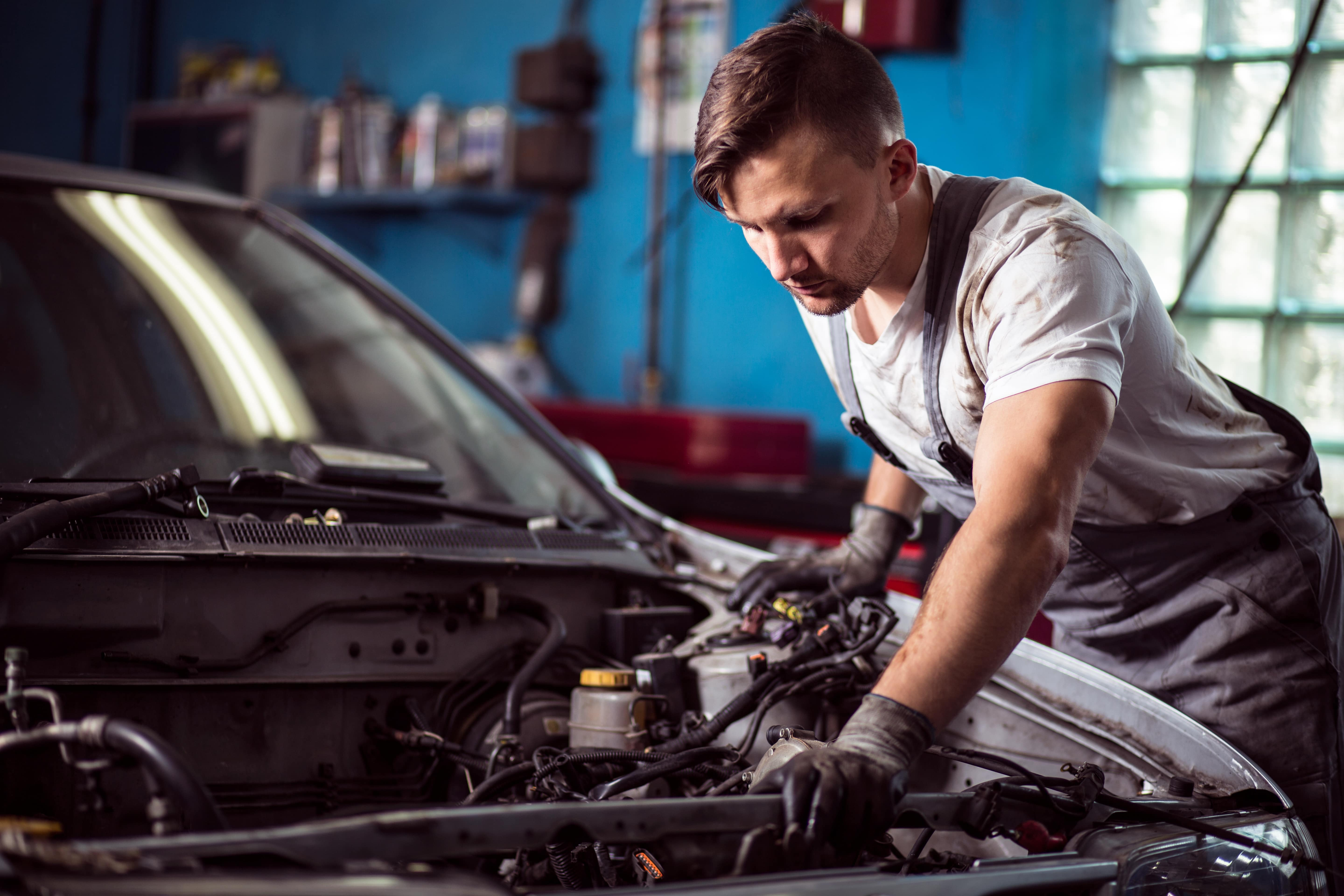 Finding Transmission Repair in Chicago, IL